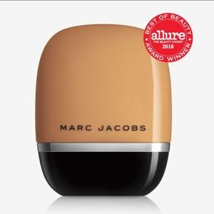 NWT Marc Jacobs Shameless Foundation - Medium